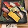 さんきゅう水産 - 料理写真:サービスセット(10貫+赤だし)
