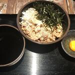 ソバ&バー のりよし - 肉そば@870円