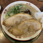 博多とんこつ 天神旗 - 若醤油とんこつ 750円(2020年7月)