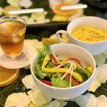 Hanakafeburumizu - サラダ&スープ
