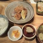 kawara CAFE&DINING - 鶏もも唐揚げ定食