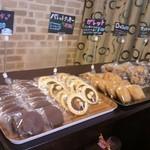 スイーツナカムラ - 慌てて撮った一枚。。焼き菓子類