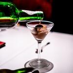 ツバキ - チョコのアイスクリーム100年熟成のマデイラがけ