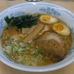 万樂 - ラーメン 600円