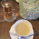ディンブラ紅茶専門店 - カルダモンティー