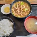 恵比寿食堂 - 料理写真:ホルモン定食690円