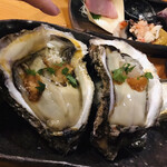 魚貝 ののぶ - 牡蠣大きすぎ