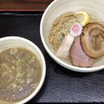 餃子の並商 - 昆布水煮干しつけ麺980円
