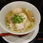 麵屋 食べいろ - 料理写真:味玉ラーメン(塩)