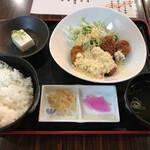 133328134 - 広島県産 カキフライ定食 550円