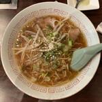 びわ焼肉店 - 料理写真:ラーメン 500円
