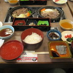 ドライブイン酒蔵 - 料理写真:和定食 1575円
