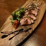 欧風食堂 Tout Va Bien - 「鴨肉のロースト カシスソース」@920(税別)