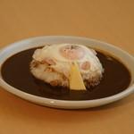 ペーペ - 料理写真:人気NO,1 ベーコンエッグカレー ¥770
