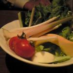 13336623 - 新鮮な野菜達を味噌で