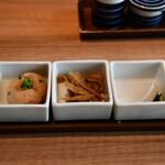 磯らぎ - 小鉢2品、漬物