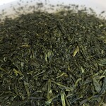 喜久水庵 - アマビエラベルの茶葉は砕けた茶葉です。