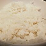美豚 - ワンコインラーメン500円味玉ライス(小)付きのライスアップ