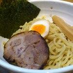 らーめん惣太郎 - 辛味噌つけ麺の麺アップ