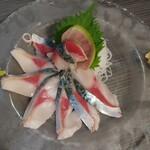 地鶏と地野菜の旬料理 御萩 - 長崎産〆さば 1080円