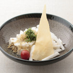 平八亭 - ホワイトサラダ 焙煎胡麻ドレッシング 380円