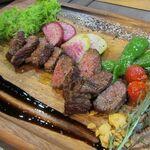 肉×野菜バル WTe - アンガス牛200gのステーキ