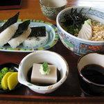 蕎麦匠雀 - 三笠膳 冷たい蕎麦、おにぎり、蕎麦豆腐、漬物