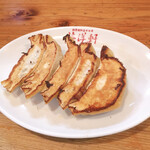 英洋軒 - 料理写真:焼き餃子