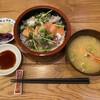 鮨の遊彩 - 料理写真:三色丼(サーモン、生いわし、アジ) ネタが良くて美味しです