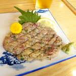 寿司と地魚料理 大徳家 - 料理写真:なめろう(¥1100)。鮮度の良いアジをひたすら叩き、叩いて、味噌や薬味と一体化するまで叩きまくる