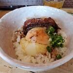 梅花亭 - 角煮丼