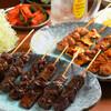 串焼肉・串焼きホルモン てが利 - 料理写真:串焼・集合