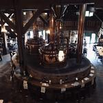 小樽倉庫No.1 - 2階の回廊から望む醸造機