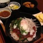 味処冨士 - ビビンバ風マグロ丼