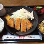 そば処 朝日屋 - 料理写真:日替りのとんかつ定食