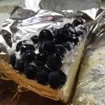 13346042 - ブルーベリーのチーズタルト