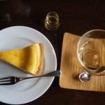 コーヒースクエア・ドゥ - 焼きチーズケーキ
