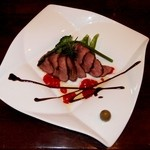 クッチーナ イタリアーナ アミーチ - バルバリー産鴨胸肉のロースト バルサミコソース(チョイス)