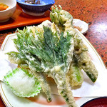 多菜田 - 「多菜田定食 天ぷら」の天ぷら盛り合せ
