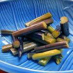 多菜田 - 「多菜田定食 天ぷら」の副菜(ワラビの甘酢漬け)