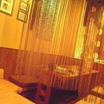 美ら鍋 赤瓦 - 女子会に使えそうなテーブル*:・