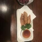 博多家庭料理 福゜ぷく家 - 鶏皮餃子