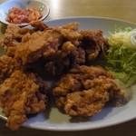 建味園 - 鶏の唐揚げ