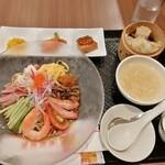 広東炒麺 南国酒家 - 冷やし中華のセット1900円