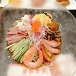 広東炒麺 南国酒家 - 具沢山の冷やし中華