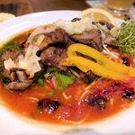 太陽のトマト麺Next - ジューシービーフ トマト冷麺(980円+税)