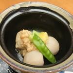 うなぎ 仲じま - 小煮物(里芋鶏餡掛け)