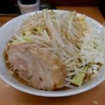 ラーメン ○菅 - らーめんニンニクタマネギ(730円)