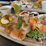 ファーマーズカフェ - 料理写真:かずさ彩り野菜のプレート チキングリル ご飯に変更