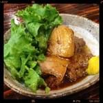 ちょんまげ - 豚の角煮 390円